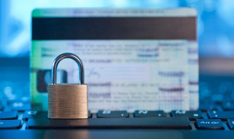 Evite fraudes online com 5 passos simples!